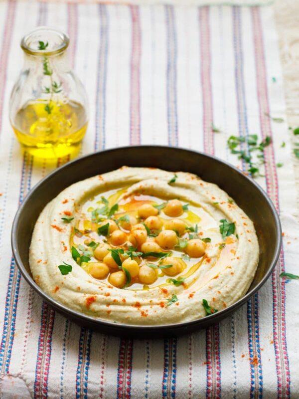 Hummus – oppskrift fra Et kjøkken i Istanbul. Foto: Bahar Kitapcı.