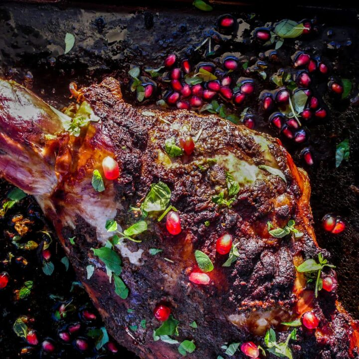 Lammelår med spisskummen, kanel og timian - oppskrift / Et kjøkken i Istanbul