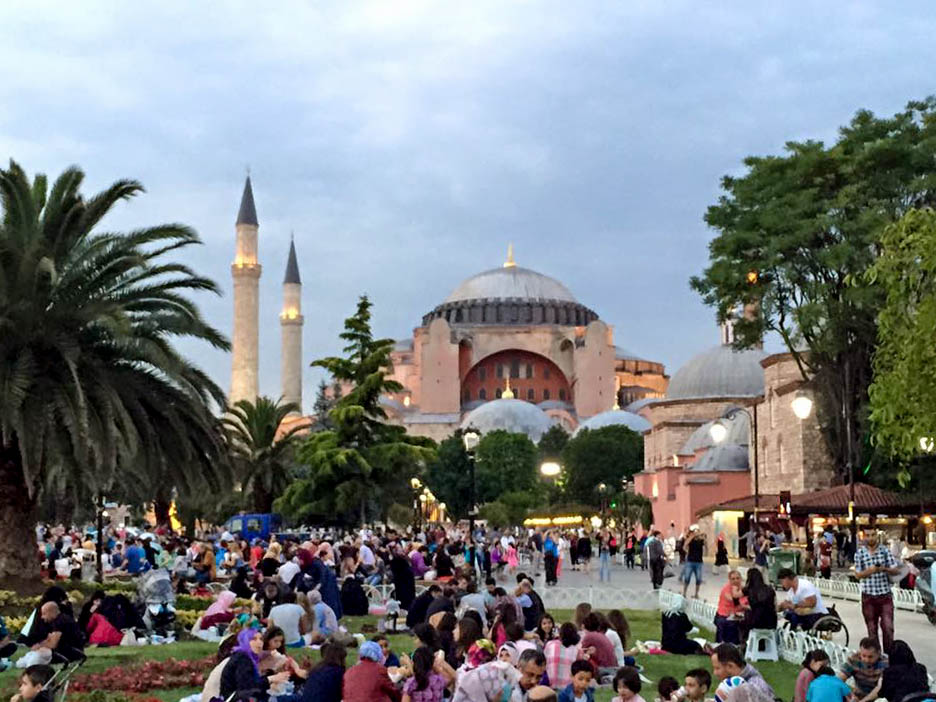 ramadan sultanahmet