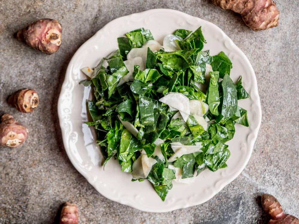 Spinat og jordskokksalat - oppskrift / Et kjøkken i Istanbul