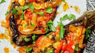 İmam bayıldı – Tyrkisk fylt aubergine