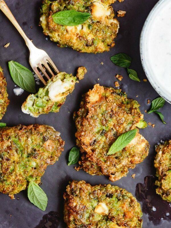vegetarboller-med-erter-og-fetaost-oppskrift-et-kjøkken-i-istanbul-8