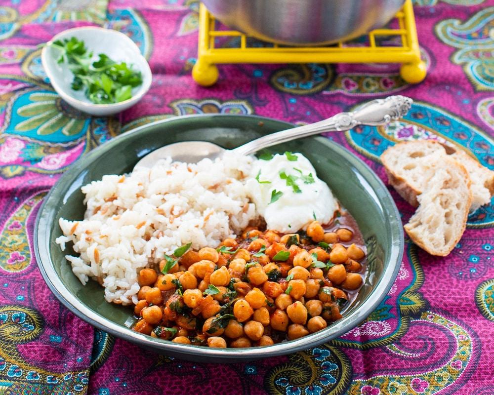 aubergine-og-tahini-vidar-bergum-varmende-tallerkener-1