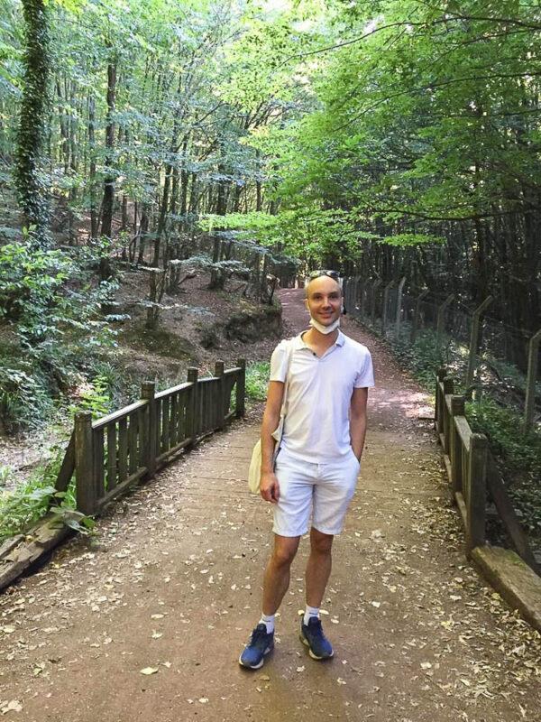Vidar Bergum på tur i Istanbul med grøntområder rundt