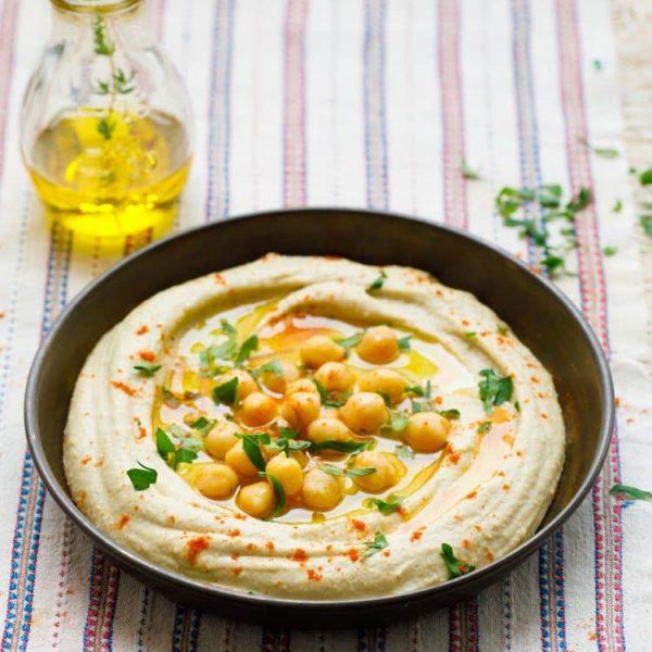Hummus - oppskrift fra Et kjøkken i Istanbul. Foto: Bahar Kitapcı.