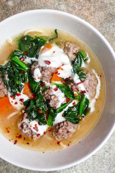 Kjøttboller i syrlig kraft / Et kjøkken i Istanbul